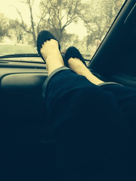 Dashboard Feet